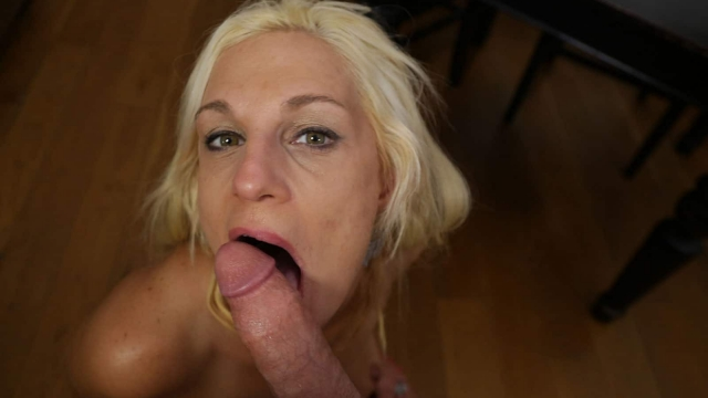 Porn Mom licking large younger dick